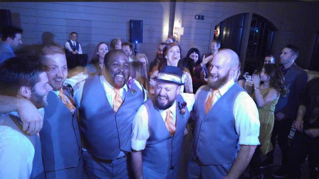 groomsmen_party